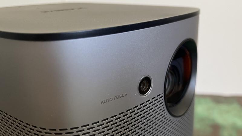 Revisión de Xgimi Halo: proyector portátil Full HD con sonido Harman Kardon a bordo
