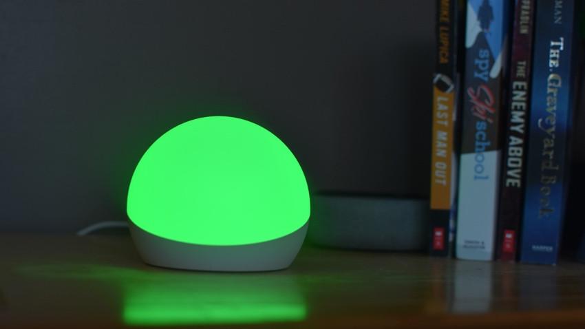 Revisión de Echo Glow: una lámpara inteligente multicolor para niños