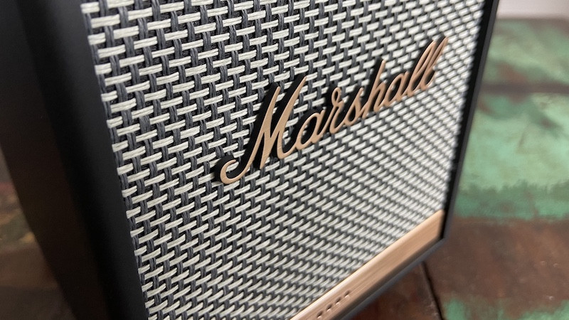 Diseño de voz y hardware Marshall Uxbridge