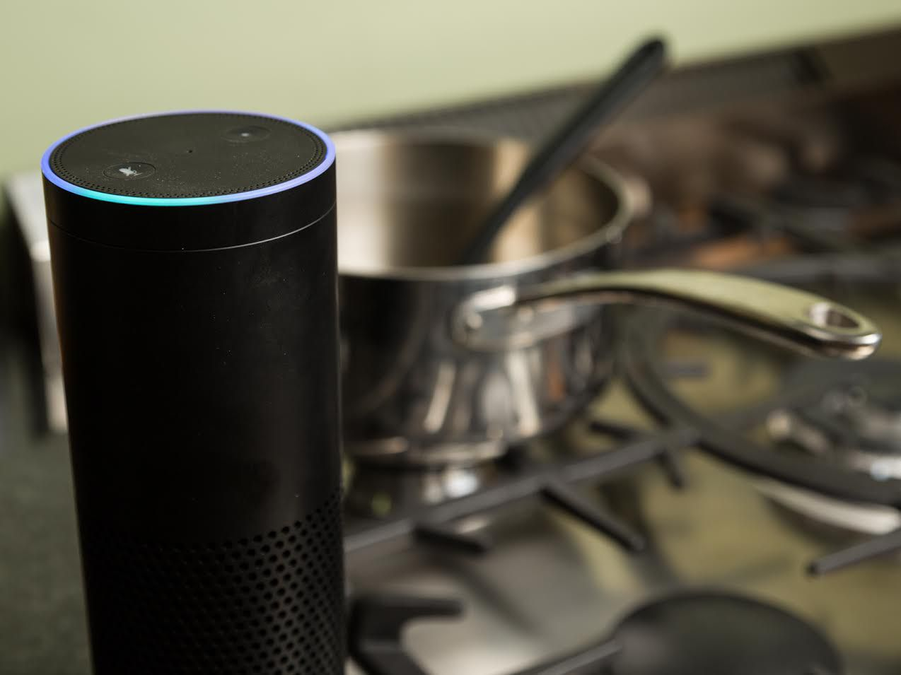 amazon-echo-kitchen.jpg
