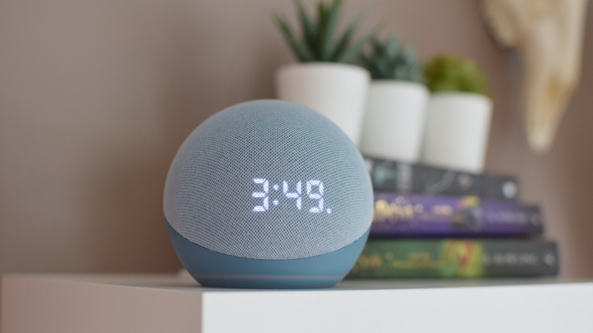 Revisión de Amazon Echo Dot con reloj: simplemente loco para este reloj
