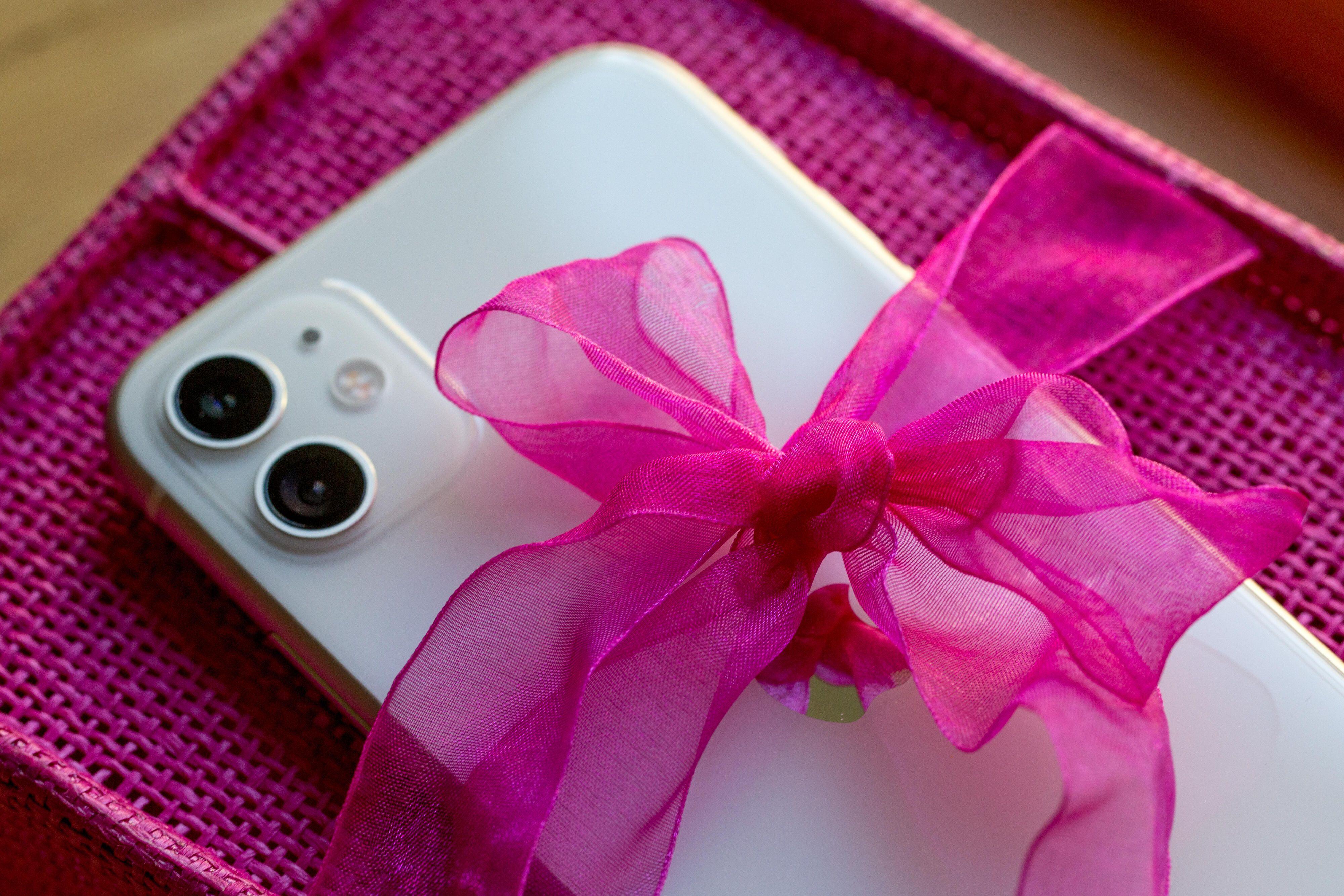 lazo-de-regalo-apple-iphone-9068