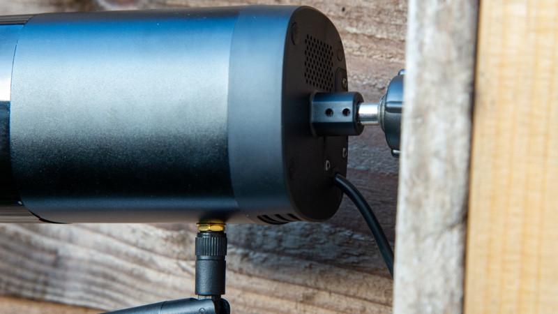 Revisión de la cámara de seguridad para exteriores SimCam Alloy 1S AI