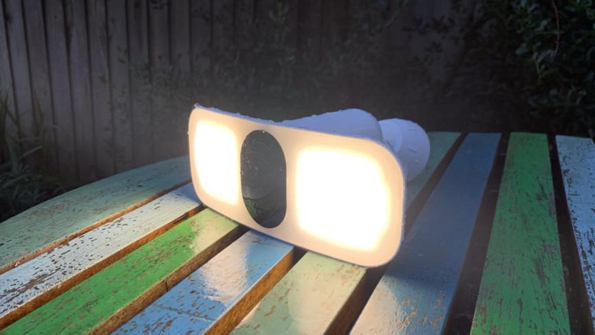 Funciones de Arlo Pro 3 Floodlight