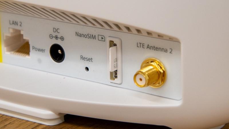 Ranura para tarjeta SIM Netgear Orbi LBR20 4G LTE