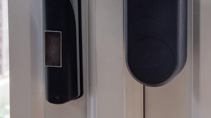 Revisión de cerradura de puerta inteligente Yale Linus