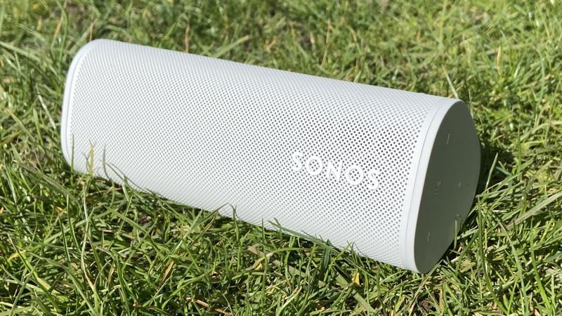 Sonos Roam en el parque